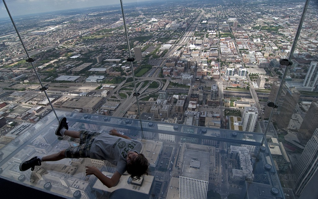 Sears Tower Skydeck Adds Glass Ledges South Bay Riders