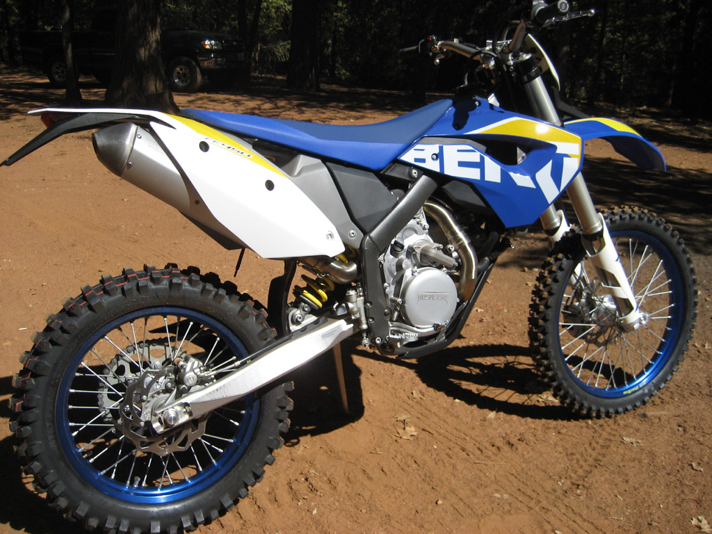 husaberg 2010 fe450 review south bay riders. Black Bedroom Furniture Sets. Home Design Ideas