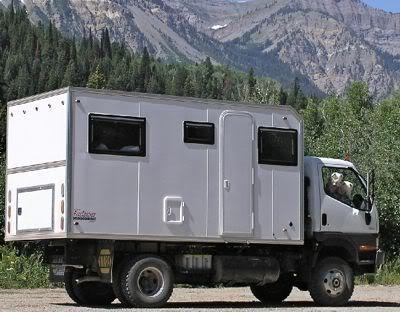 Isuzu Box Truck Camper Conversion - ▷ ▷ PowerMall