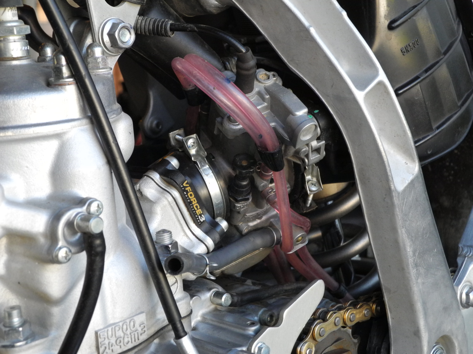 Rejetting your dirt bike carburetor for hot or cold weather | South