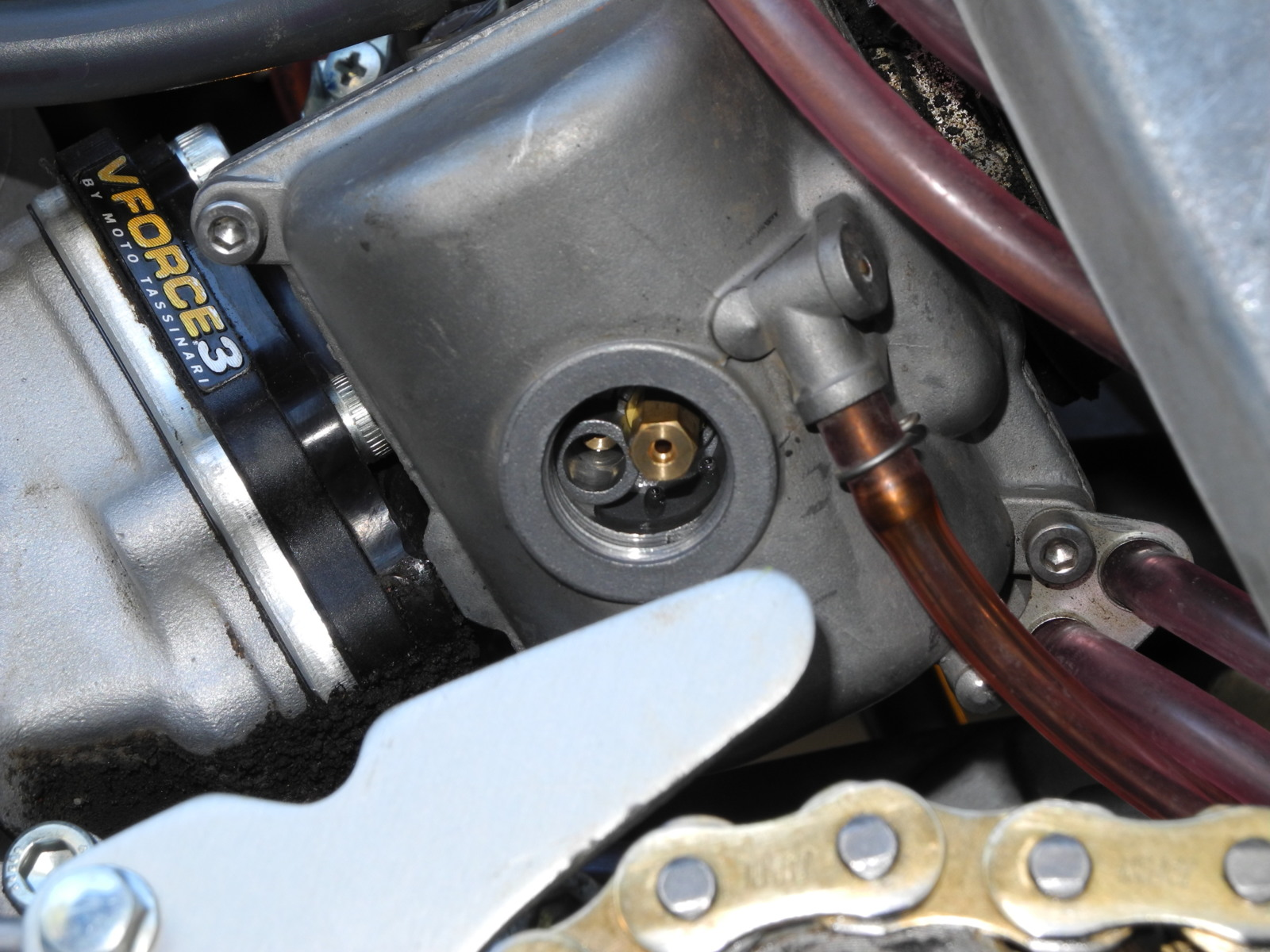 Rejetting your dirt bike carburetor for hot or cold weather